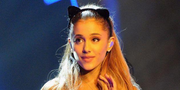 Ariana Grande: 'Estou cansada de viver em um mundo onde as mulheres são propriedade dos