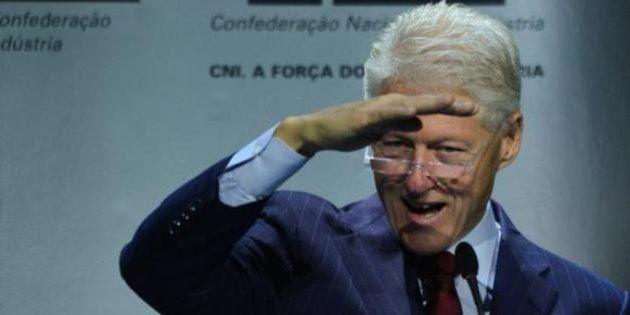 'O barco do Brasil não está afundando', afirma Clinton em evento em