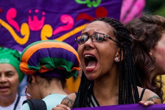 Mulheres protestam em SP contra 'PL do Aborto', de Eduardo Cunha, que dificulta aborto em caso de