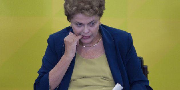 Dilma Rousseff admite gravidade no aumento da inflação, mas não associa alta a ajuste