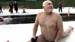 Conservadores querem acabar com praia de nudismo na