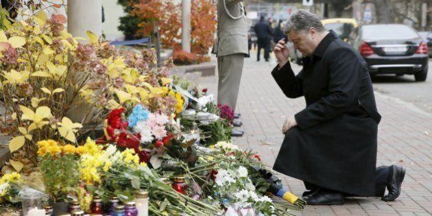 Terror em Paris: Em homenagem às vítimas, o mundo se pinta com as cores da