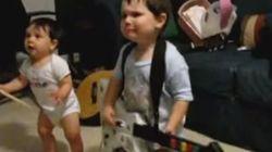 ASSISTA: Garoto de 2 anos fica MALUCO ao som de Rage Against The