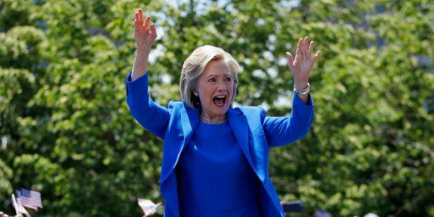 Hillary Clinton faz primeiro grande discurso de campanha das eleições de