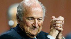 Blatter indica que 'pode mudar de ideia' e não sair do comando da