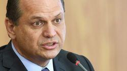 Nem crack ou aborto são 'mazelas', ministro Ricardo