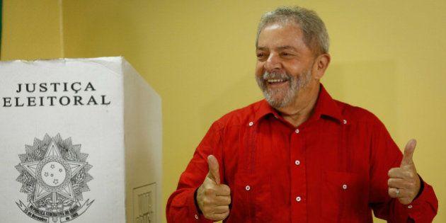 Em entrevista a rádio de MG, Lula não descarta candidatura à Presidência em