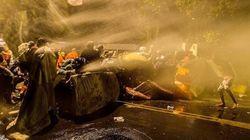 Na rua de Temer, PM usou jato d'água e bombas para evitar