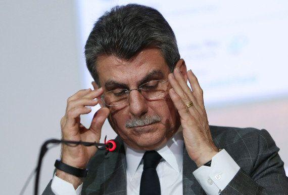'Não posso falar pela decisão do presidente', diz Jucá após gravações sobre Lava