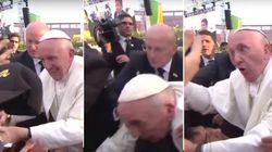 No México, Papa perde a paciência com pessoa que quase o derrubou
