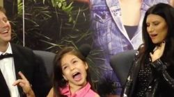 ASSISTA: Laura Pausini conhece MC Melody e fica assustada com