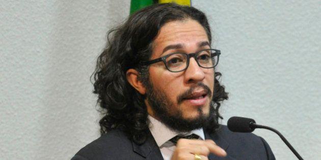 Jean Wyllys é condenado a pagar indenização de R$ 40 mil por post no