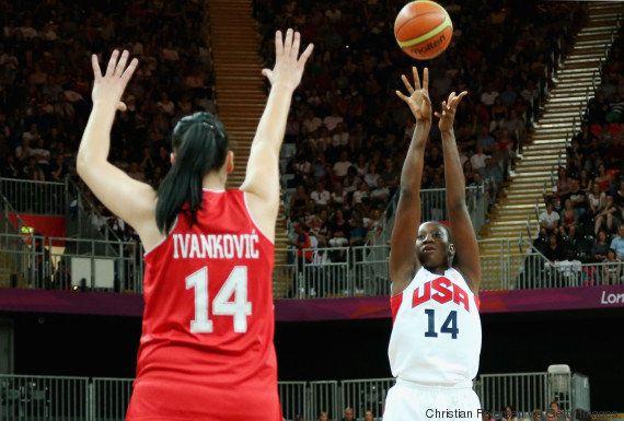 Tina Charles, a campeã olímpica que doa metade do seu salário para salvar