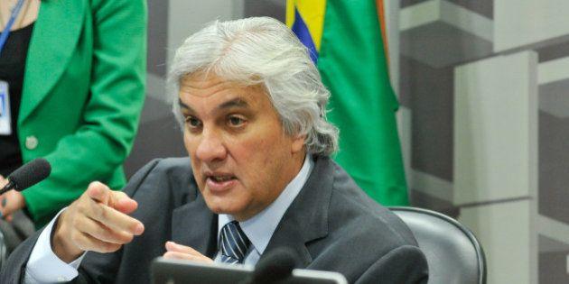 STF manda soltar 1º senador preso da República, Delcídio do Amaral