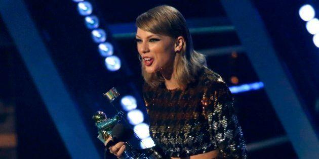 Lista dos vencedores do VMA 2015; Taylor Swift leva o principal prêmio por 'Bad
