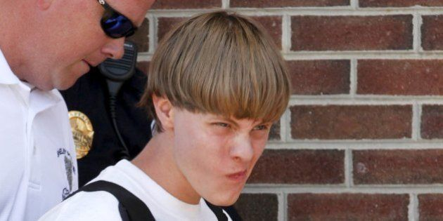 Dylann Roof, acusado de matar nove pessoas em ataque contra igreja nos EUA diz que queria fazer 'guerra