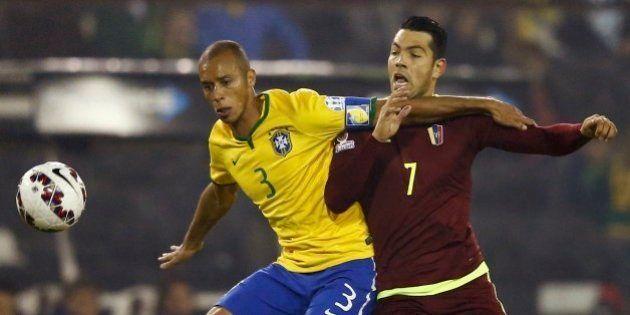 Brasil ganha da Venezuela e segue para as quartas de final da Copa