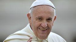Papa Francisco diz que separação da família às vezes é 'moralmente