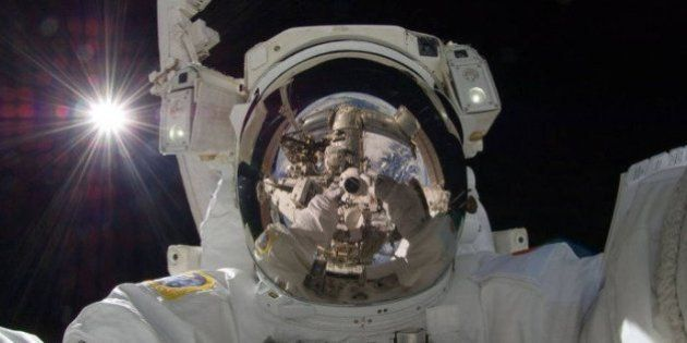 Primeira 'caminhada no espaço' completa 50 anos