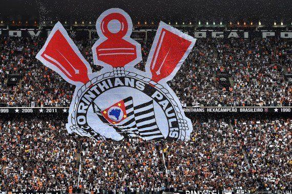 Cai parte de teto do estádio do Corinthians. Construção feita pela Odebrechet custou R$ 1,2