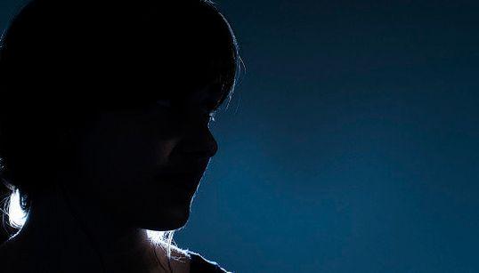 #NãoSilencie: 3 relatos de mulheres que sofreram abuso sexual antes dos 18