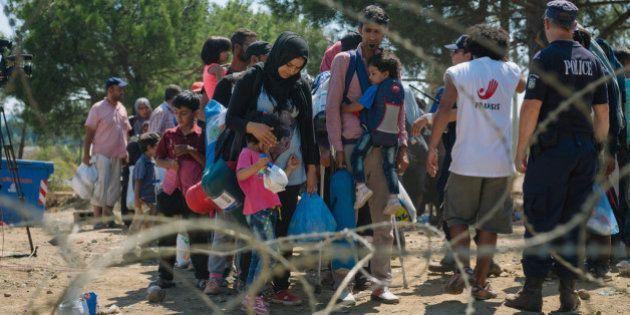 Saiba como ajudar os refugiados que tentam chegar à