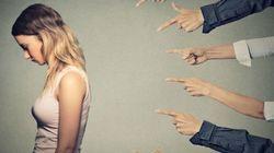 7 'pequenas' violências que as mulheres sofrem todos os
