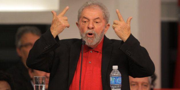 Lula diz a jornal argentino que Brasil vive 'irracionalidade emocional' e que 'desajuste econômico não...