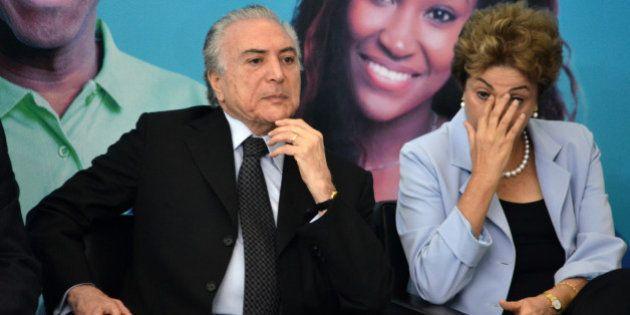 Temer repudia conspiração contra Dilma e diz não se mover 'pelas