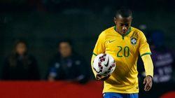 Brasil é eliminado na Copa América e Dunga põe a culpa... Na