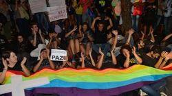 Homofobia: Por dia, Brasil tem 5 denúncias de violência contra