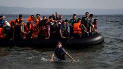 Fluxo de refugiados dobra e ministro diz que ilha grega está 'prestes a