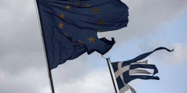 Grécia anuncia feriado bancário e controles de capital em meio à acentuada