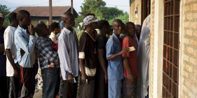 Burundi vota em eleição parlamentar boicotada pela oposição; tiros são