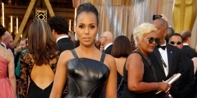 HOLLYWOOD, CA - FEBRUARY 28: Actress Kerry Washington attends the 88th Annual Academy Awards at Hollywood...