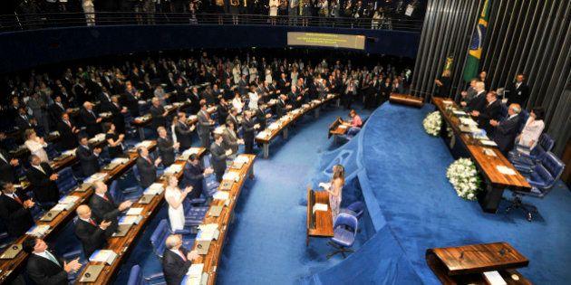 Em ano de ajuste fiscal, Senado aprova aumento salarial de até 78,56% para funcionários do