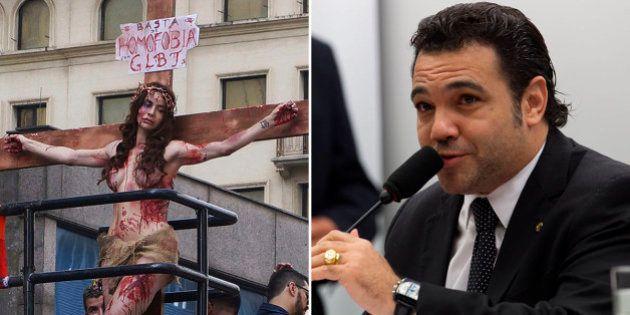 Viviany Beleboni, a atriz transexual que encenou crucificação na Parada Gay, processa Marco Feliciano...
