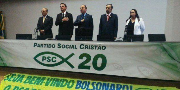 Sonhando em ser um 'Trump tupiniquim', Bolsonaro se filia ao PSC de olho nas eleições de