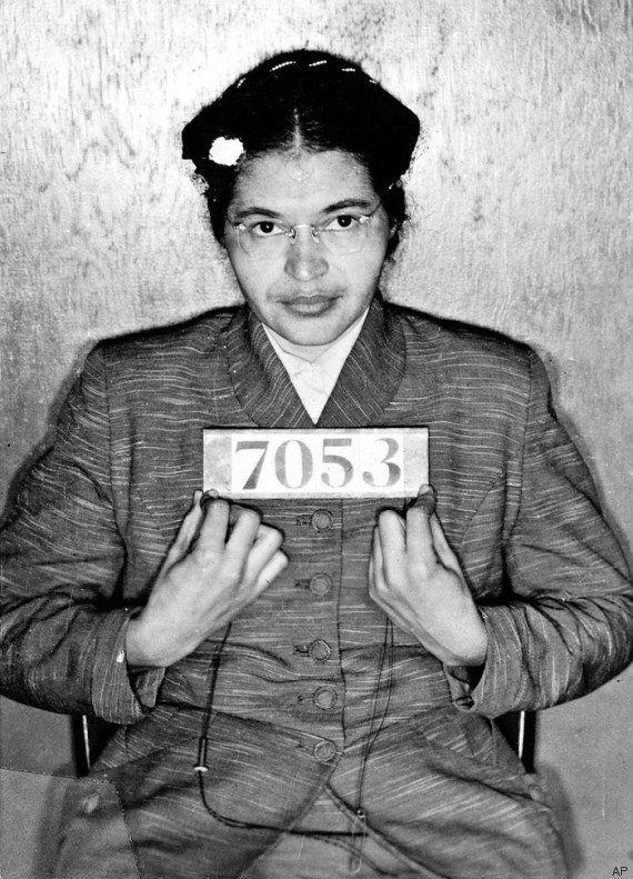 Há 60 anos, Rosa Parks se recusava a ceder lugar a um homem branco em