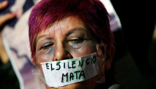 Ni una menos: Argentinas vao às ruas pelo fim da violência contra a