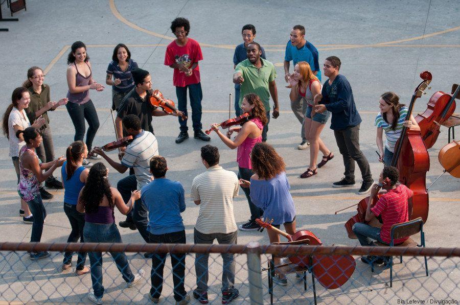 Lázaro Ramos: Jovens de periferia merecem ouvir que são 'possíveis, bonitos e capazes'