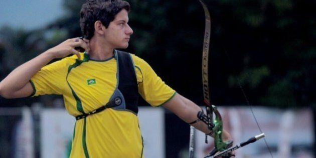 Rumo ao Rio 2016, jovem de 17 anos bate recorde brasileiro no tiro com