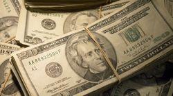 Dólar desaba e encosta em R$ 3,70 com nova fase da Lava Jato envolvendo