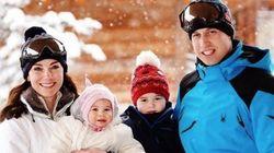 O príncipe George e a sua irmãzinha conheceram a neve... E os registros são MUITO