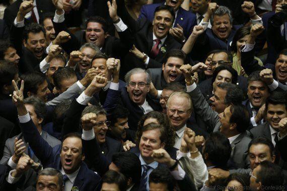 Parlamentarismo no Brasil: Regime apoiado por Cunha está longe de melhorar política, dizem