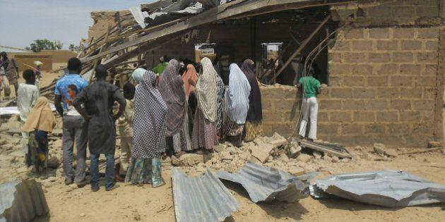 Sobe para 44 número de mortos em ataques a bomba na