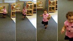 ASSISTA: Pai busca filha no primeiro dia de aula e garotinha corre para o