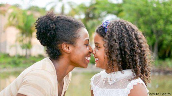 'Alisa não, mãe!': Este projeto quer valorizar a beleza negra desde a