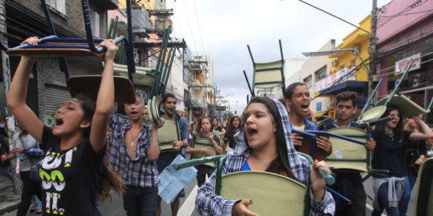 VITÓRIA! Governo de São Paulo suspende 'reorganização