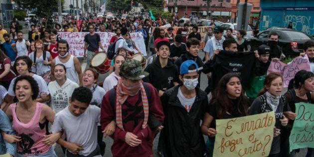 Vitória da 'Primavera Estudantil' de SP forjada à porrada e bombas de gás